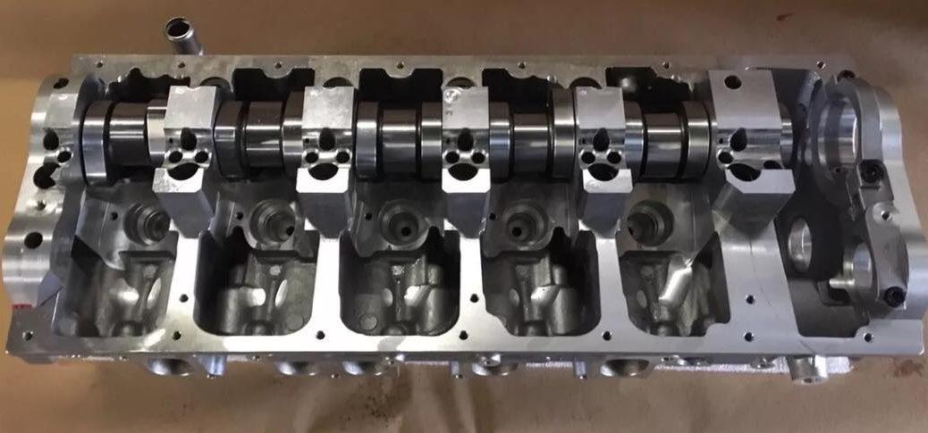 VW T5 2.5 AXD AXE Cylinder Head
